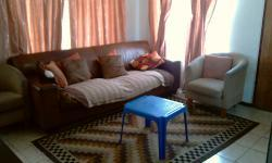 Lounges - 14 square meters of property in Karenpark