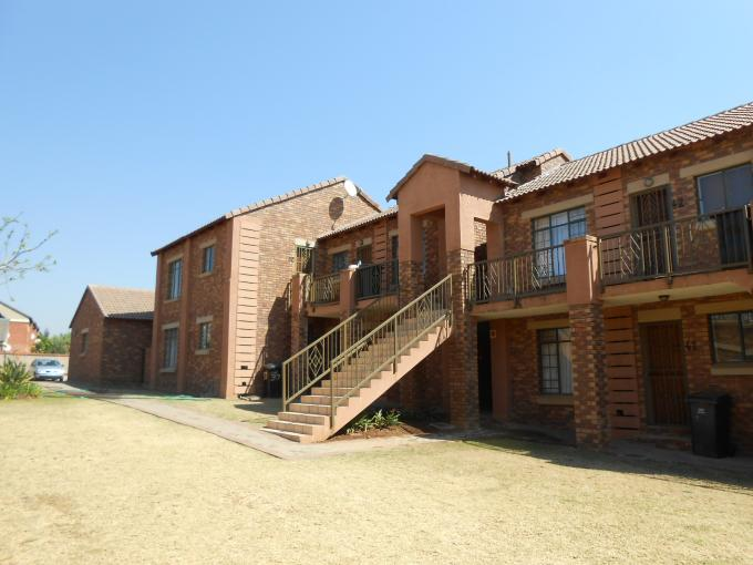 2 Bedroom Apartment for Sale For Sale in Mooikloof Ridge - Home Sell - MR117216