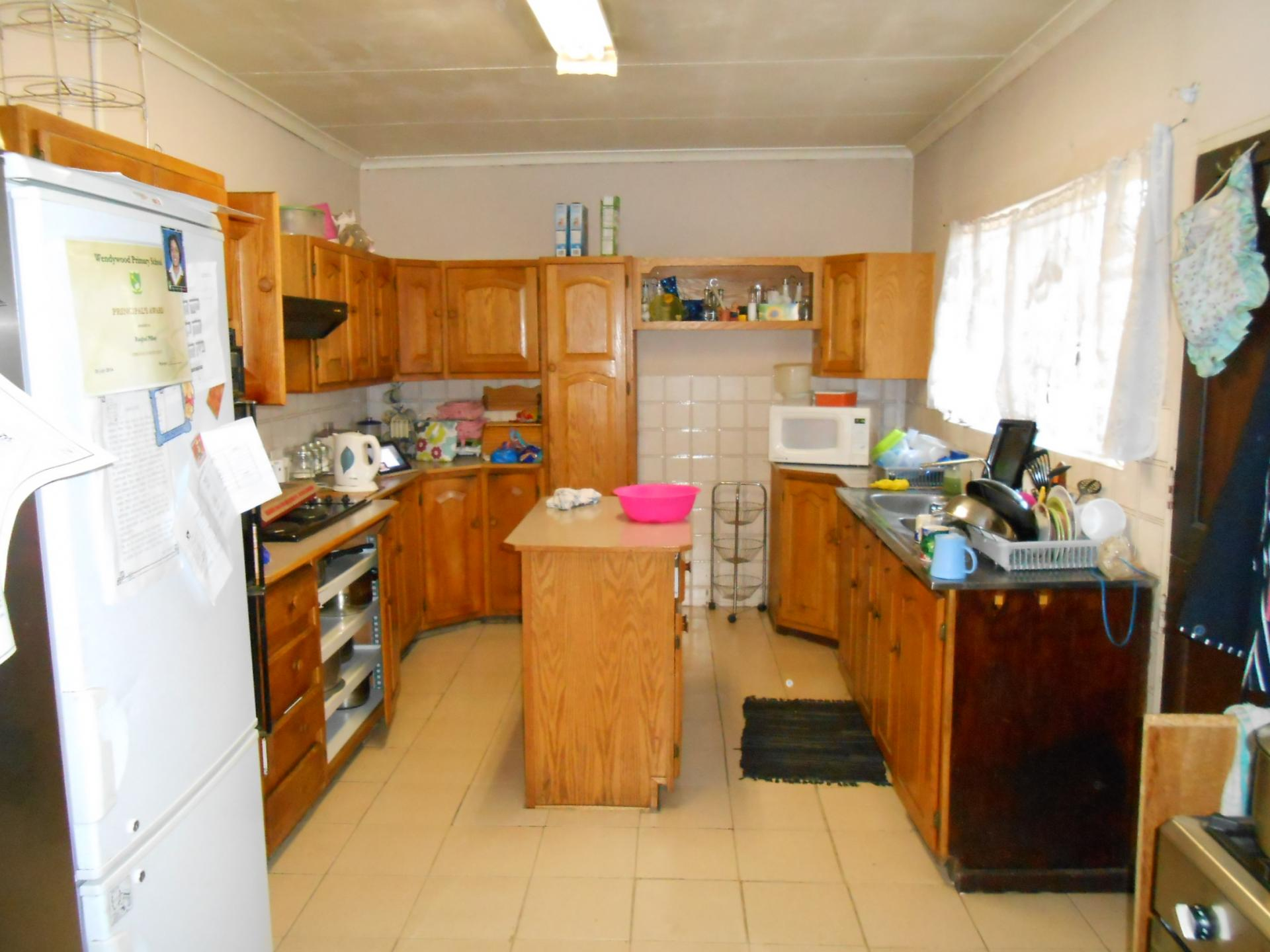 Kitchen - 17 square meters of property in President Park A.H.