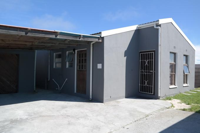3 Bedroom House for Sale For Sale in Strandfontein - Private Sale - MR117281