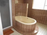 Bathroom 1 of property in Vaalpark