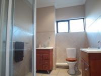 Bathroom 1 - 7 square meters of property in Willow Acres Estate