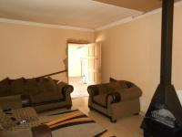 Lounges - 31 square meters of property in Brackenhurst