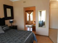 Main Bedroom - 37 square meters of property in Vaalpark