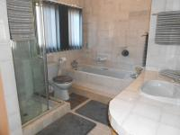 Main Bathroom - 7 square meters of property in Vaalpark