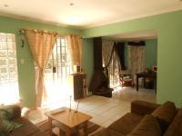 Kitchen - 6 square meters of property in Bloubosrand