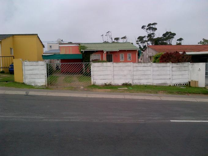 Standard Bank EasySell 3 Bedroom House For Sale in East London - MR117448