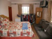 Main Bedroom - 15 square meters of property in Stanger