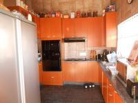 Kitchen - 10 square meters of property in Noordheuwel
