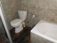 Main Bathroom - 7 square meters of property in Noordheuwel
