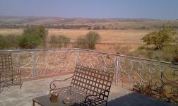 Patio - 112 square meters of property in Buffelspoort