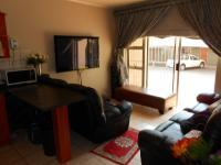 Lounges - 10 square meters of property in Amberfield
