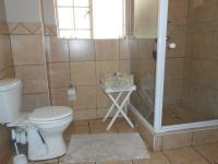 Main Bathroom - 7 square meters of property in Amberfield