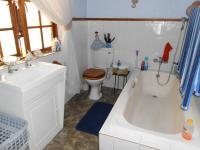 Main Bathroom - 7 square meters of property in Dersley
