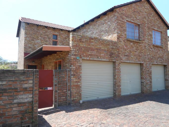 3 Bedroom House For Sale in Sinoville - Private Sale - MR117481