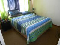 Main Bedroom - 13 square meters of property in Sinoville