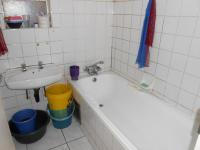 Main Bathroom - 2 square meters of property in Kempton Park