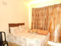 Bed Room 1 of property in Kenilworth - JHB