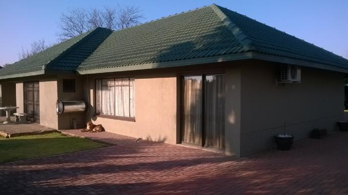 6 Bedroom House for Sale For Sale in Klerksdorp - Private Sale - MR117504