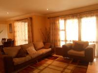 Lounges - 23 square meters of property in Greenstone Hill
