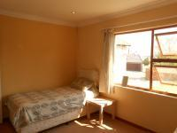 Bed Room 2 - 14 square meters of property in Greenstone Hill