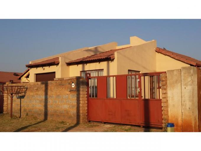 3 Bedroom House For Sale in Vosloorus - Private Sale - MR117522