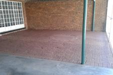 Patio - 61 square meters of property in Modimolle (Nylstroom)
