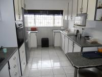 Kitchen - 13 square meters of property in Reservior Hills