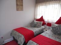 Bed Room 2 - 7 square meters of property in Uvongo