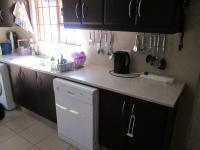 Kitchen - 9 square meters of property in North Riding A.H.