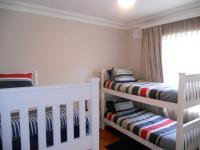 Bed Room 1 - 12 square meters of property in Uvongo