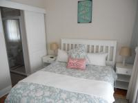 Main Bedroom - 9 square meters of property in Uvongo