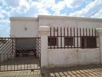 3 Bedroom 2 Bathroom in Lenasia South