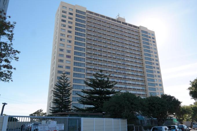 Standard Bank EasySell 3 Bedroom Apartment for Sale For Sale in Goodwood - MR117580