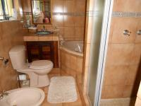 Main Bathroom - 7 square meters of property in Lochvaal