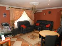 Lounges - 21 square meters of property in Verulam