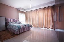 Bed Room 1 - 21 square meters of property in Silverwoods Country Estate