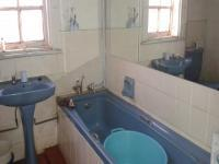 Main Bathroom of property in Turffontein