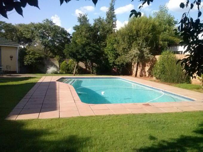 3 Bedroom House for Sale For Sale in Bloemfontein - Private Sale - MR117633