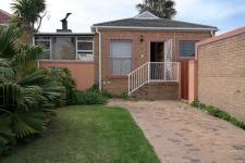 2 Bedroom 1 Bathroom House for Sale for sale in Vredekloof
