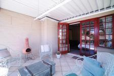 Spaces - 54 square meters of property in Woodhill Golf Estate