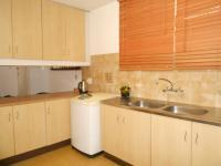Kitchen - 13 square meters of property in Ferndale - JHB