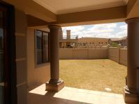 Patio - 49 square meters of property in Roodepoort North