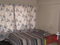 Bed Room 2 of property in Parow Central
