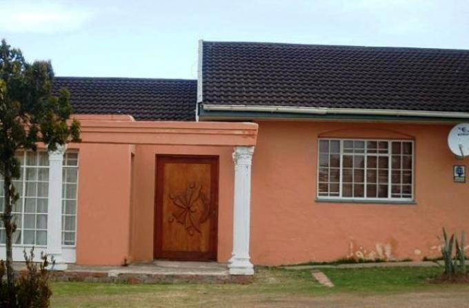 Standard Bank EasySell 3 Bedroom House for Sale For Sale in Uitenhage - MR117794