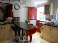 Kitchen - 15 square meters of property in Roseacre