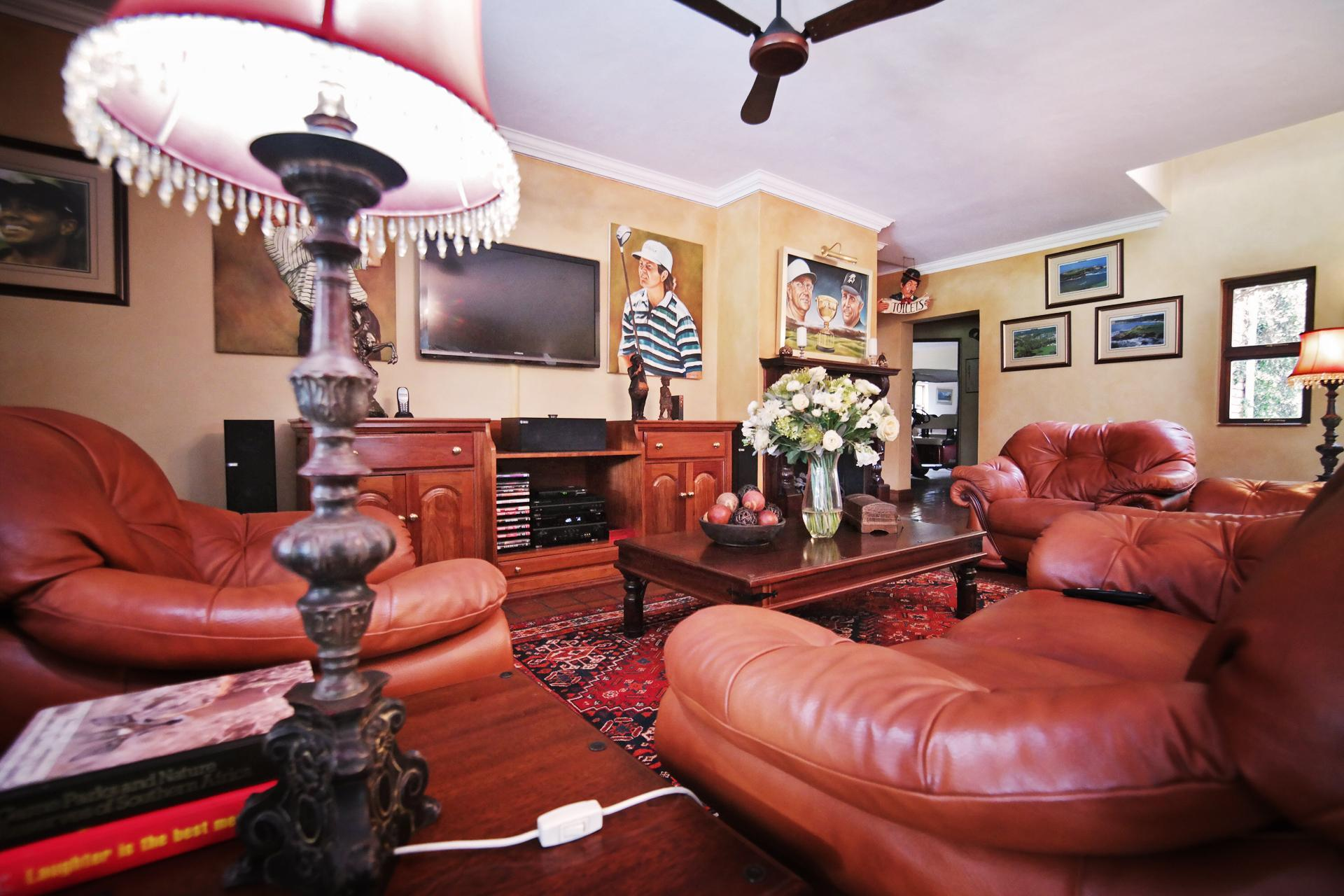 Formal Lounge of property in Woodhill Golf Estate