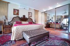 Main Bedroom - 59 square meters of property in Woodhill Golf Estate
