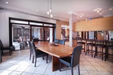 Dining Room - 24 square meters of property in Woodhill Golf Estate