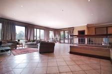 Spaces - 127 square meters of property in Woodhill Golf Estate